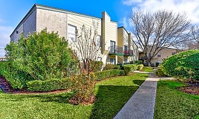 Building, Creekwood Apartments, 1