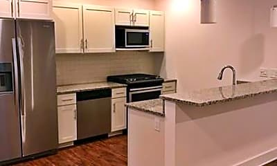 Kitchen, 23 W Market St 33, 1