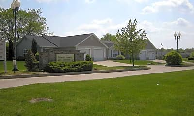 Springhill Commons, 0