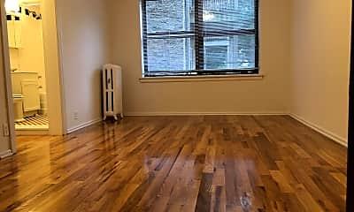 Living Room, 4350 N Ashland Ave, 0