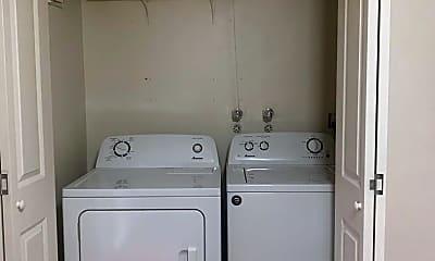 Bathroom, 1255 NE Grant St, Unit C, 2