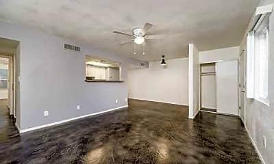 Living Room, 18 on Eighteen, 0