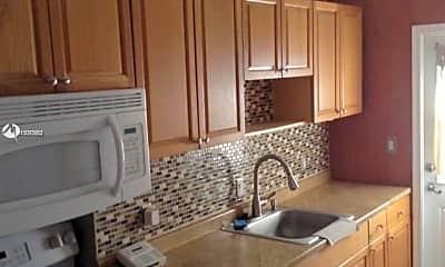 Kitchen, 10 NE 49th St 10, 1