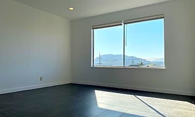 Living Room, 536 Thornton Ave, 1