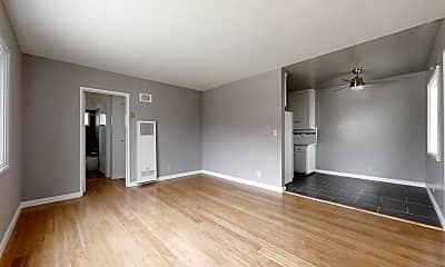 Living Room, 1529 Granville Ave, 0
