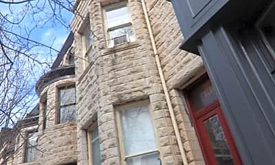 Building, 1303 N Calvert St, 1