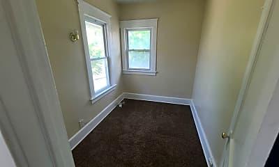 Bedroom, 3243 N Detroit Ave, 2