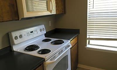 Kitchen, 2506 Hickory Dr, 2