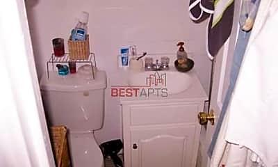 Bathroom, 400 W 22nd St, 2