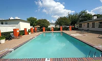 Pool, 1511 Faro Dr, 1