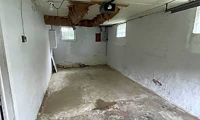 Bedroom, 4767 W Newton Rd, 2