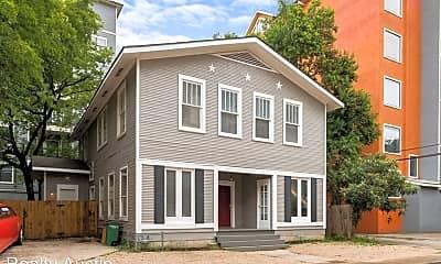 Building, 715 Graham Pl, 0