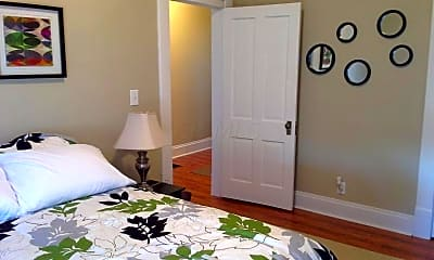 Bedroom, 1108 Parsons Ave, 1