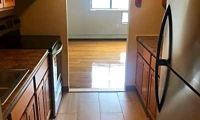 Kitchen, 111 W Central Blvd, 2