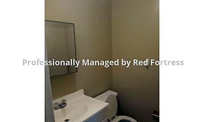 Bathroom, 298 Lowell Ave #C, 2