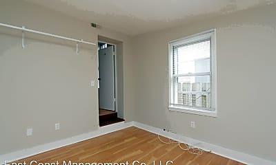 Bedroom, 112 S Ann St, 2