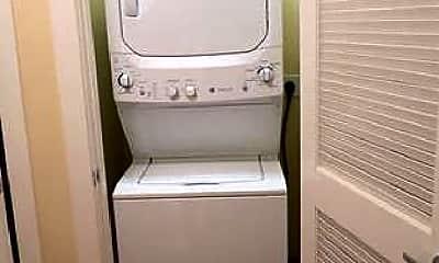 Bathroom, 2425 17th St NW, 0