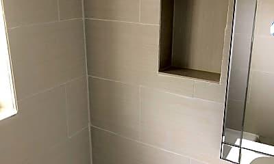 Bathroom, 4017 SW 24th St, 1