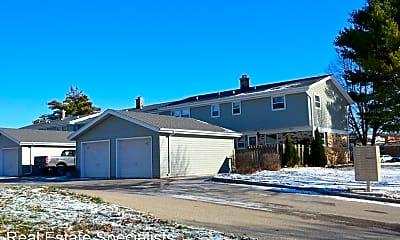 Building, 609 - 667 Ridgeway Drive, 2