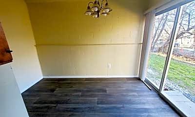 Living Room, 1701 Carlisle Ave, 1