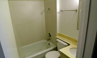 Bathroom, 530 E 14th St, 2