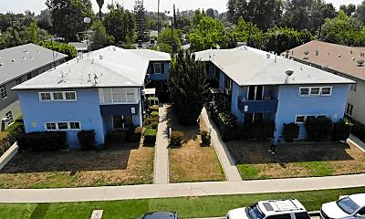 5848 Woodman Ave, 0