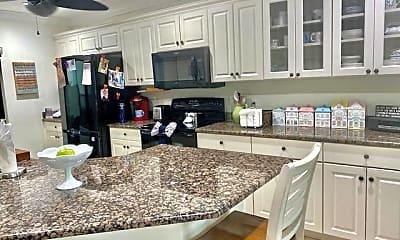 Kitchen, 4407 Foremast Ct, 1