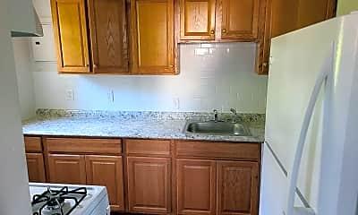 Kitchen, 1606 Roosevelt Ave, 1