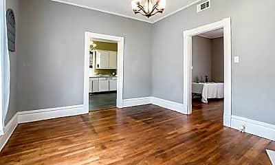 Bathroom, 910 N Davis Hwy, 2