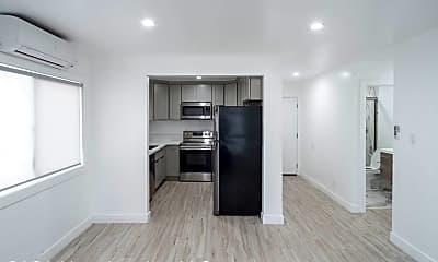 Kitchen, 1101 N Flower St, 1