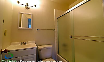Bathroom, 5440 Dellwood Way, 2