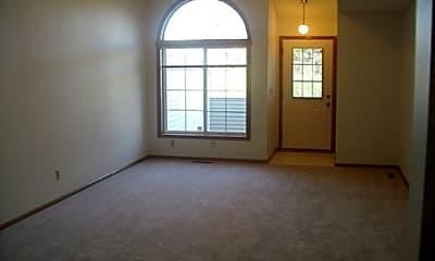 Living Room, 1102 Black Oak Dr, 1