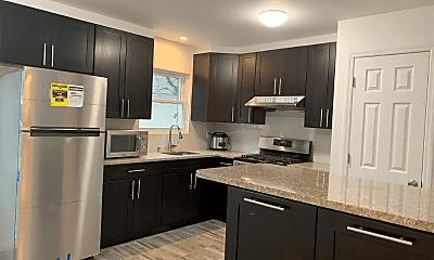 Kitchen, 1420 Edwards Ave, 0
