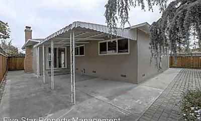 Building, 2246 Kent St, 2