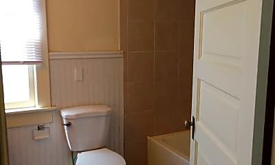 Bathroom, 1919 11th Ave, 2