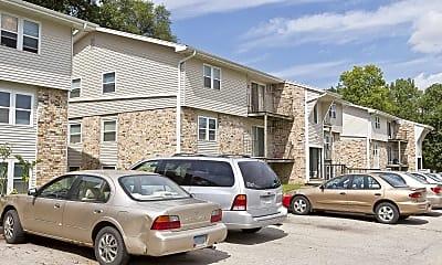 Building, Riverview Oaks, 0