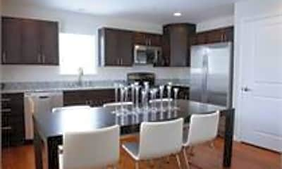 Kitchen, 42 Toc Dr, 2
