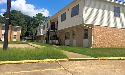 Himbola Manor Apartments, 2