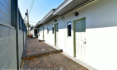 Patio / Deck, 912 E Bridger Ave, 2