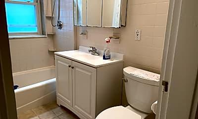 Bathroom, 95 Fuller St, 2