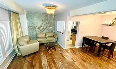 Living Room, 333 Julia St 220, 1