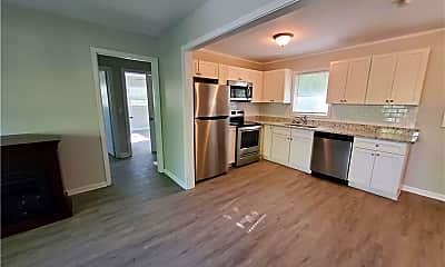 Kitchen, 303 Flora Ave SE, 1