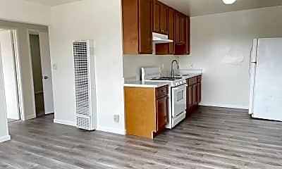 Kitchen, 1515 38th Avenue, 0
