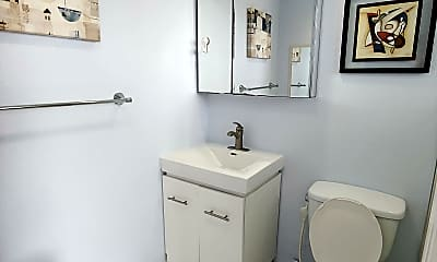 Bathroom, 7904 West Drive, 2