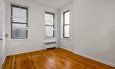 Bedroom, 358 E 51st St, 1