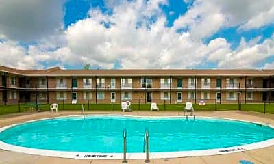 Huntington Club Apartments, 2