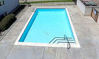 Pool, Campus Village, 2
