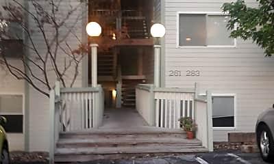 Bent Oak Apartments, 0