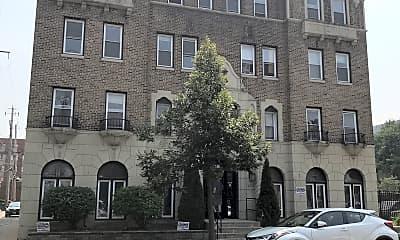 Ritz Apartment, 0