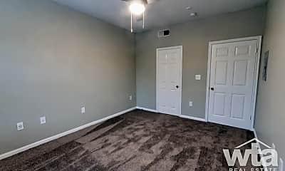 Bedroom, 13355 N Hwy 183, 1